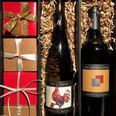 Amelia Wynn Holiday Wine Gift Box