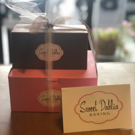 Sweet Dahlia Bread & Sweets Box